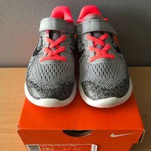 Girls Nike Free RN 2017 Shoes
